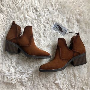 Sonoma Vitalize by Ortholite Woodcut Ankle Boots